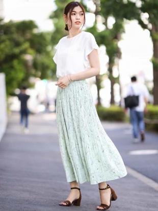 グリーン 【セットアップ対応/洗える】ラインフラワープリント プリーツスカート a.v.vを見る