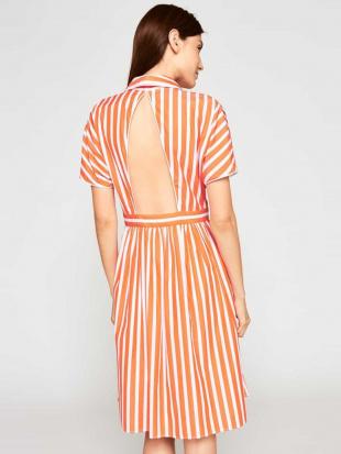 オレンジ コットンストライプドレス 【洗える】 TARA JARMONを見る