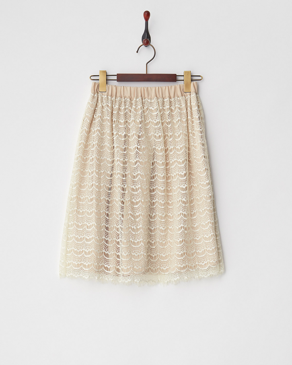 Human 2nd Occasion / beige lace × plain \nreversible flare skirt ○ 43-1840 / Women's