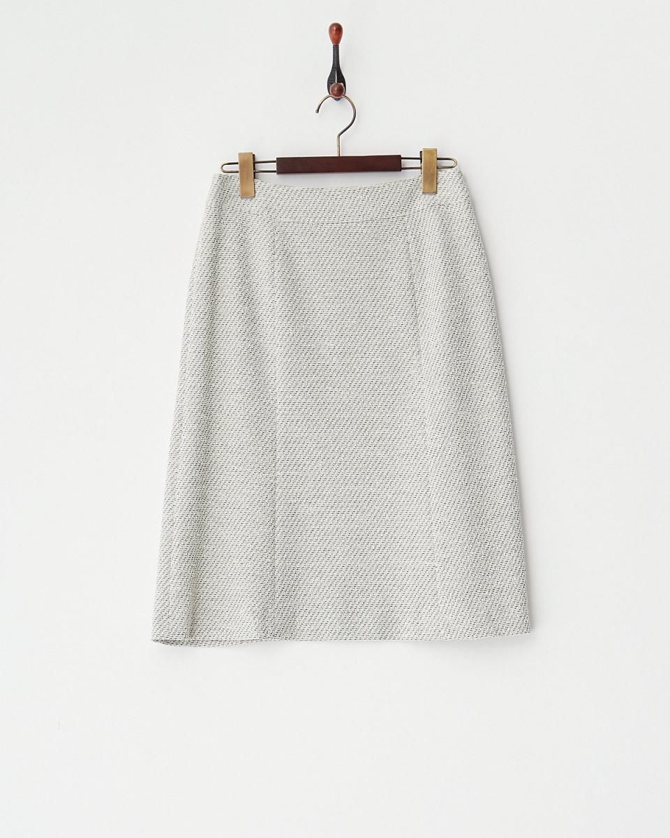 ホワイトジョーラ / ホワイトツイードスカート○727553