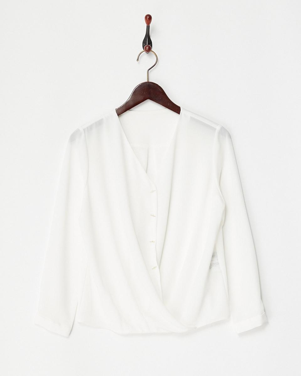 白喬LA /灰白色彈力雪紡上衣Kashukuru