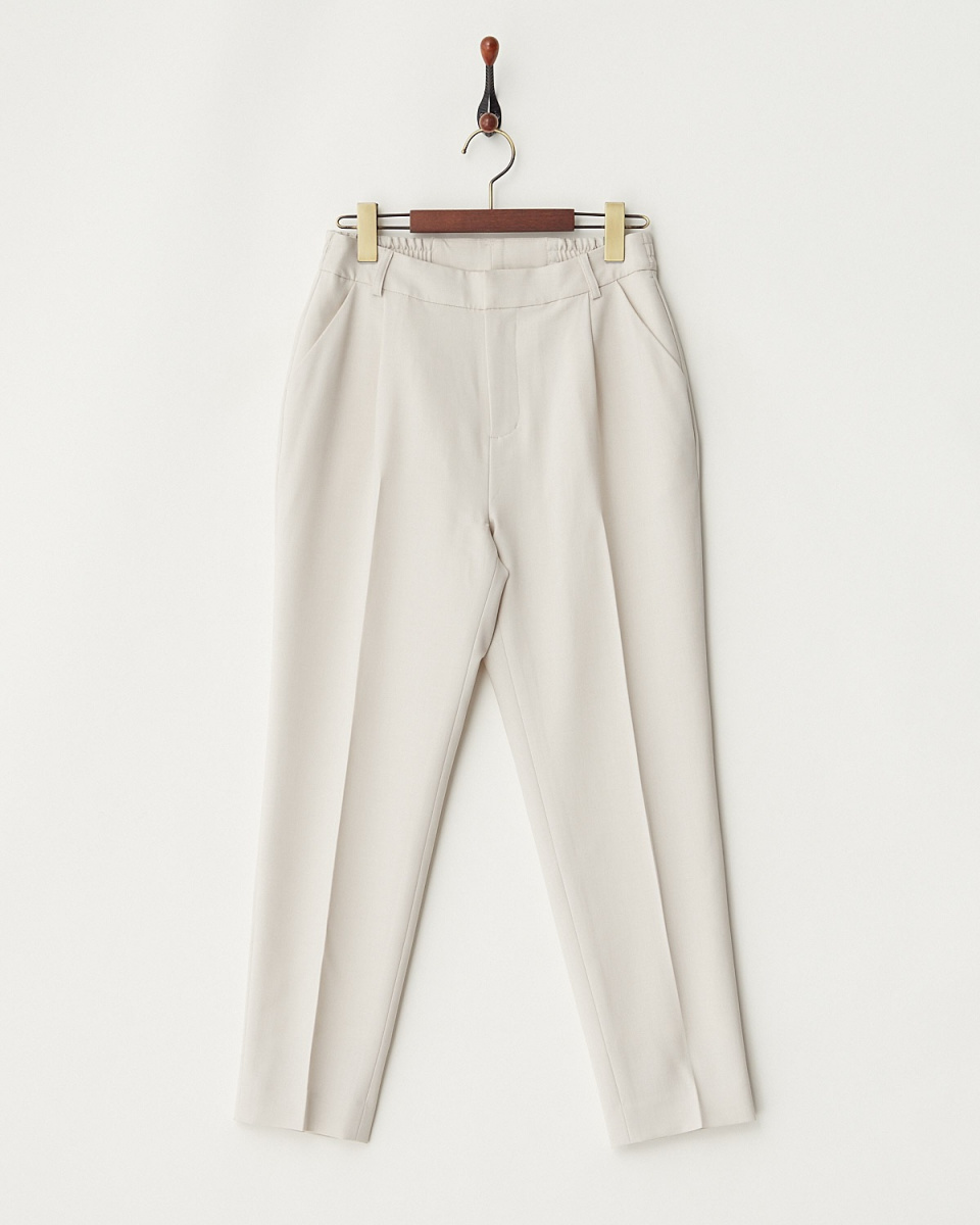 White Joe La / beige mock twist pants