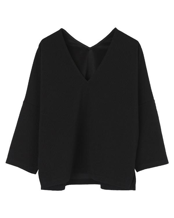 UR的/黑色V領套衫紋波