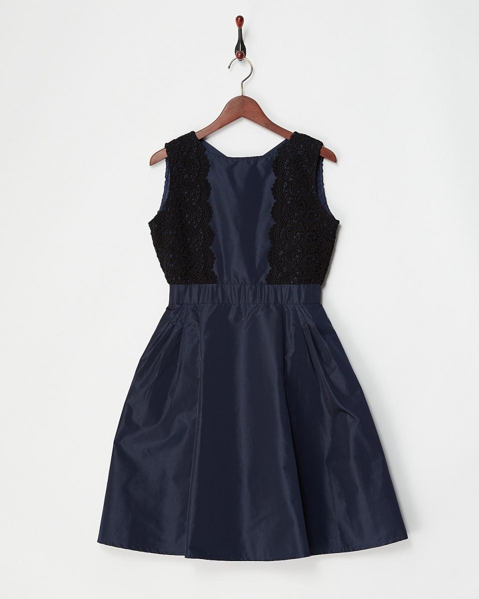 和尚Jeloud /海军侧蕾丝连衣裙○161986 /女装