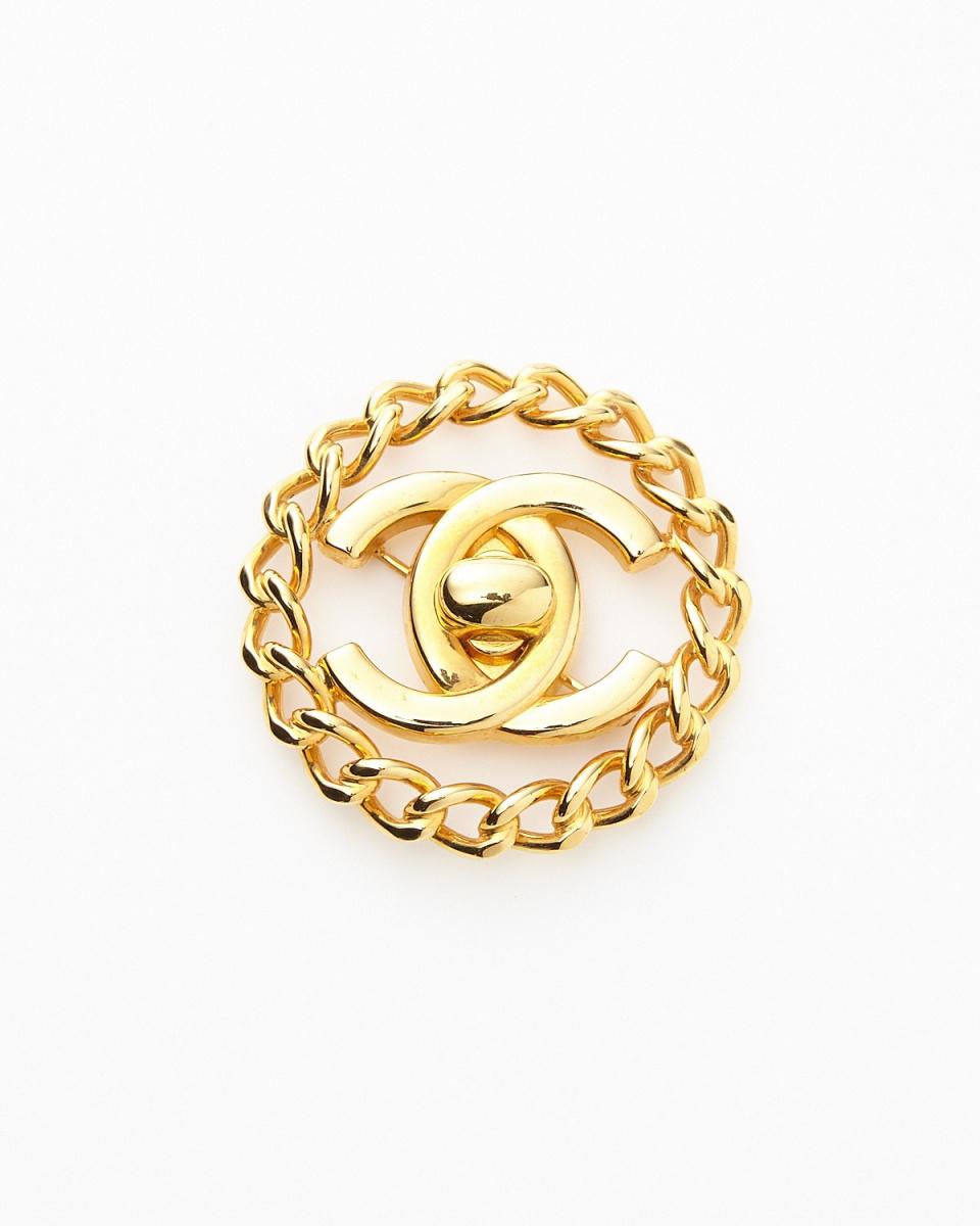 Chanel / gold color ccc- circle chain Kokomaku brooch / Women's