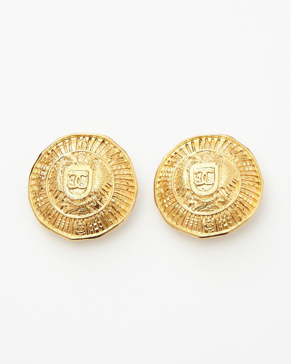 Chanel / gold color here mark earrings / Women's