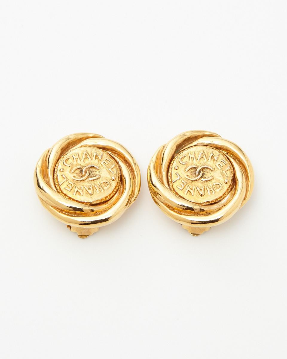 Chanel / gold color CHANEL logo earrings / Women's