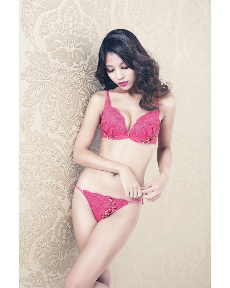 DOUX rellia /粉红色高棉Atrai武胸罩和短裤套装○30739 + 30740 /女装