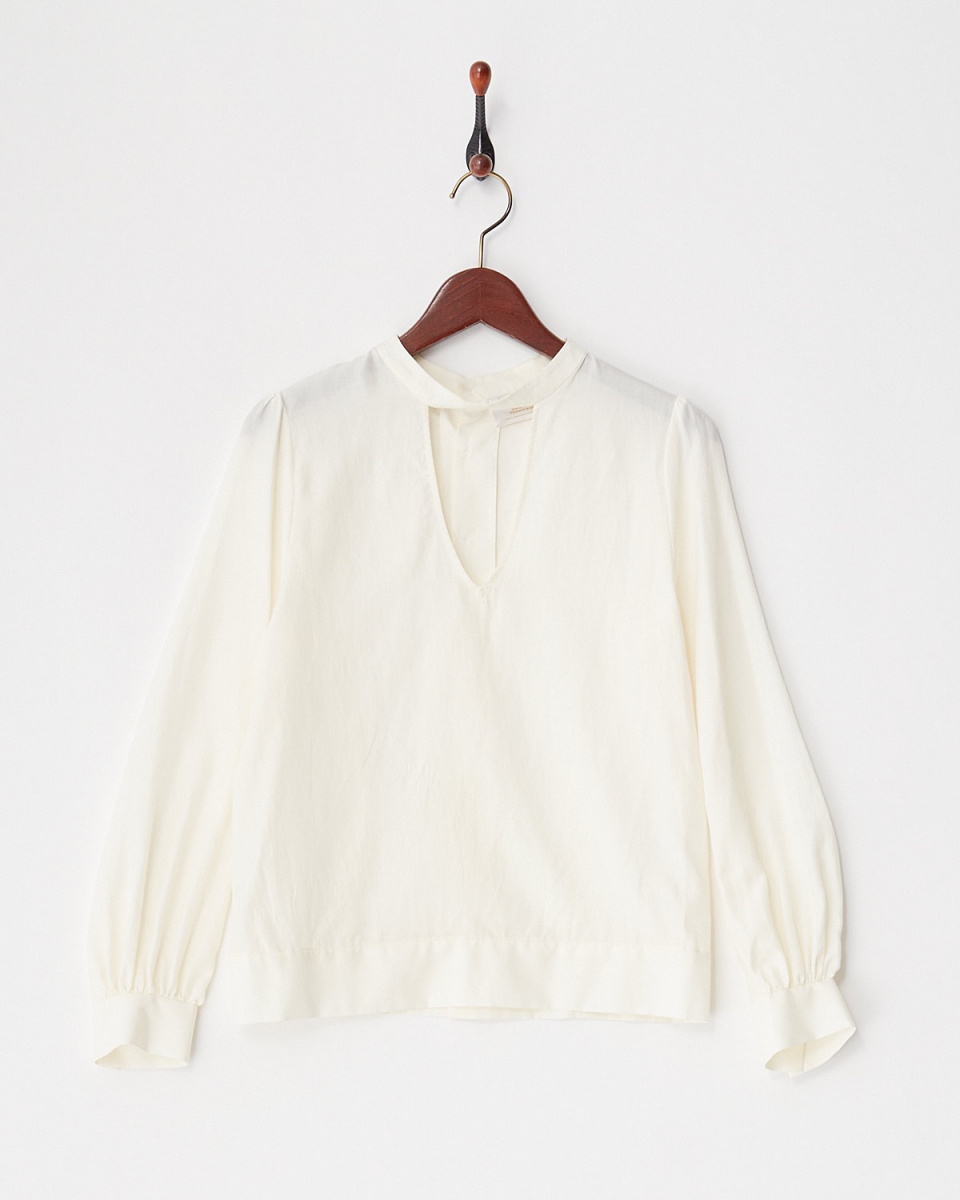 revionnet / WHITEV型开放式设计的上衣○RP18FB301 /女装