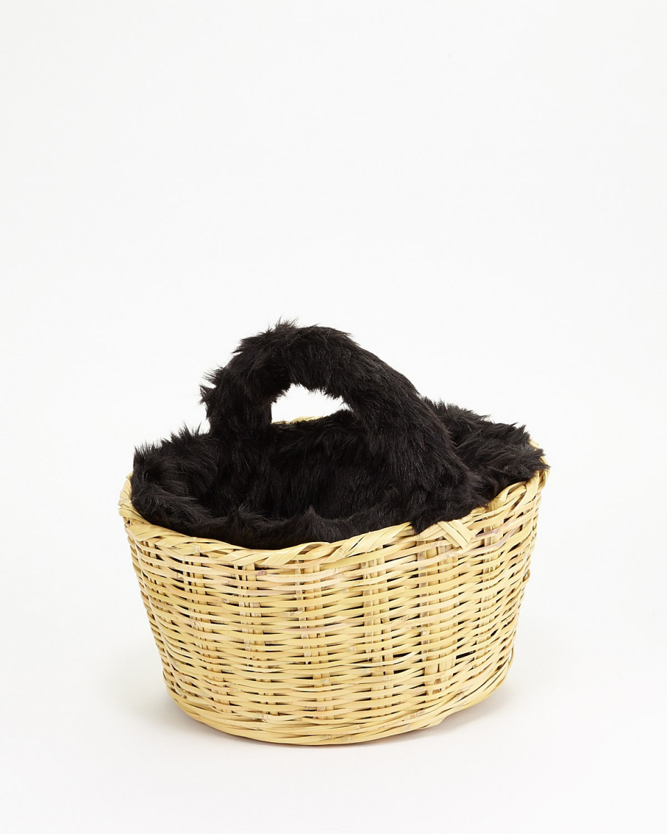 fatima morocco / black fur basket bag ○ 37354066