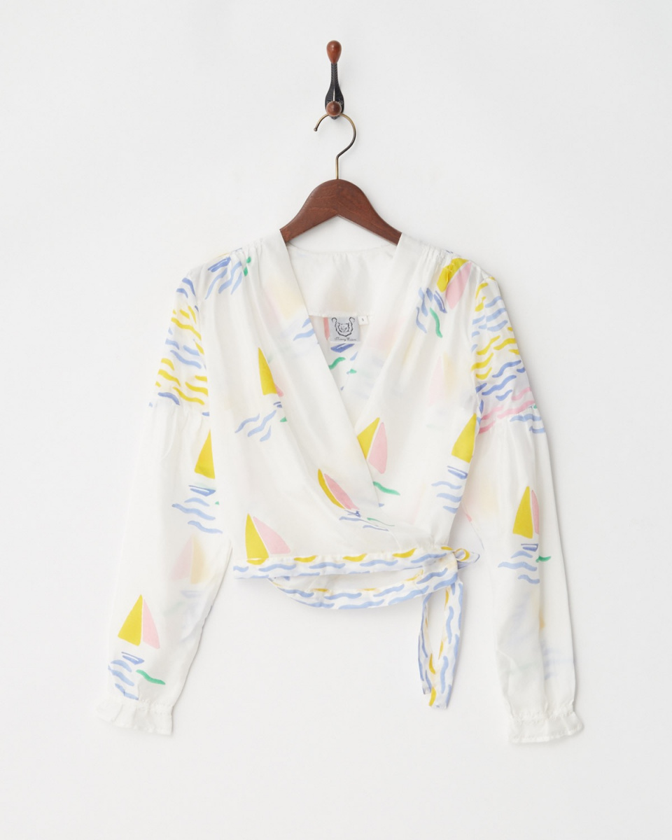 / White-based Thierry blouse ○ 37018201020 / Women's
