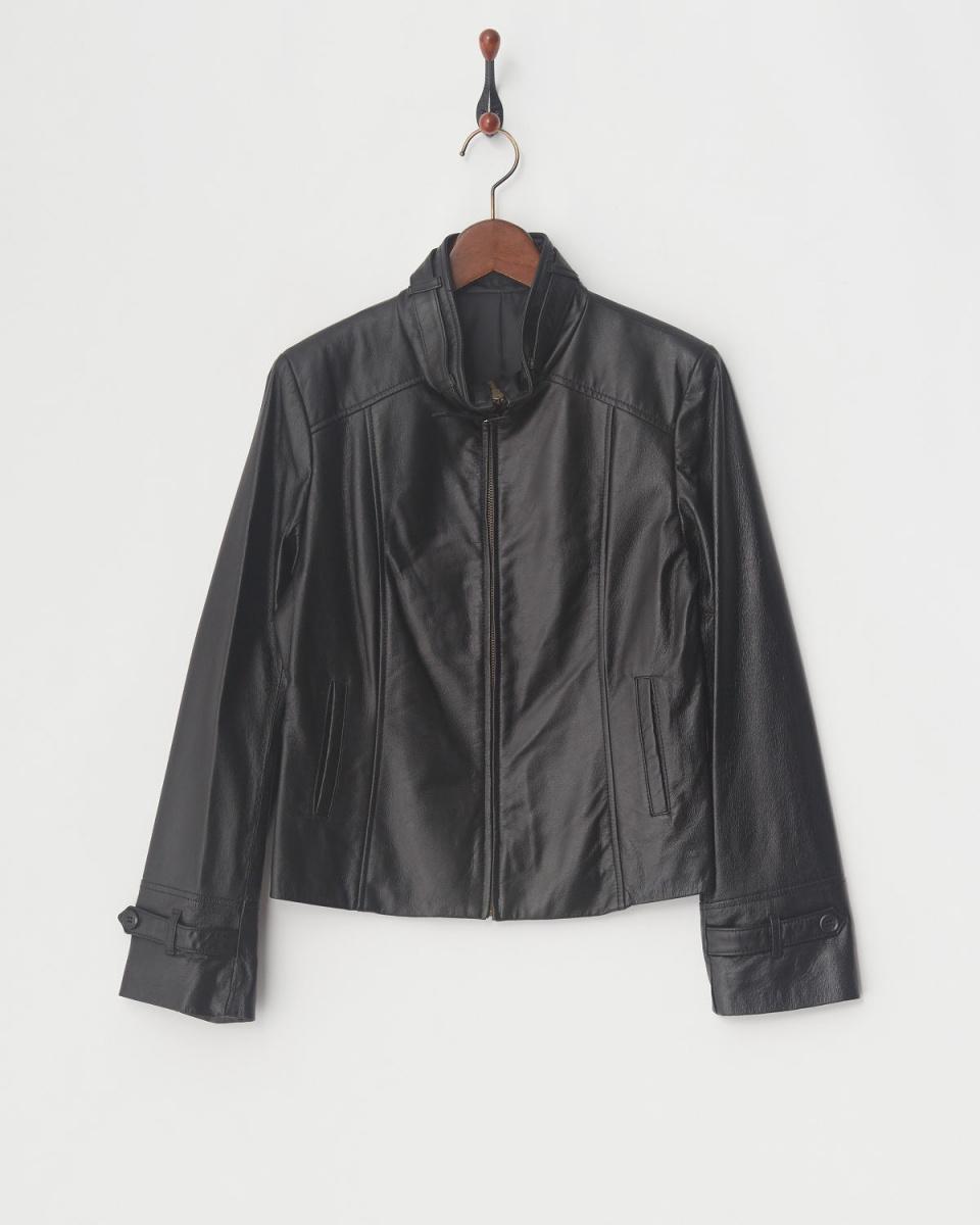 VESGIOIA /黑豬皮夾克○F-19400 /女裝