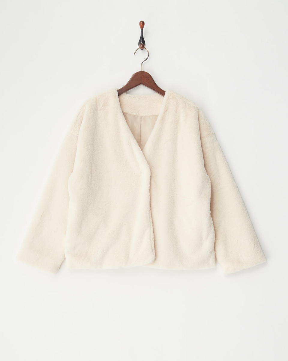 vingtrois / Ivory fake fur jacket ○ 226-59090 / Women's
