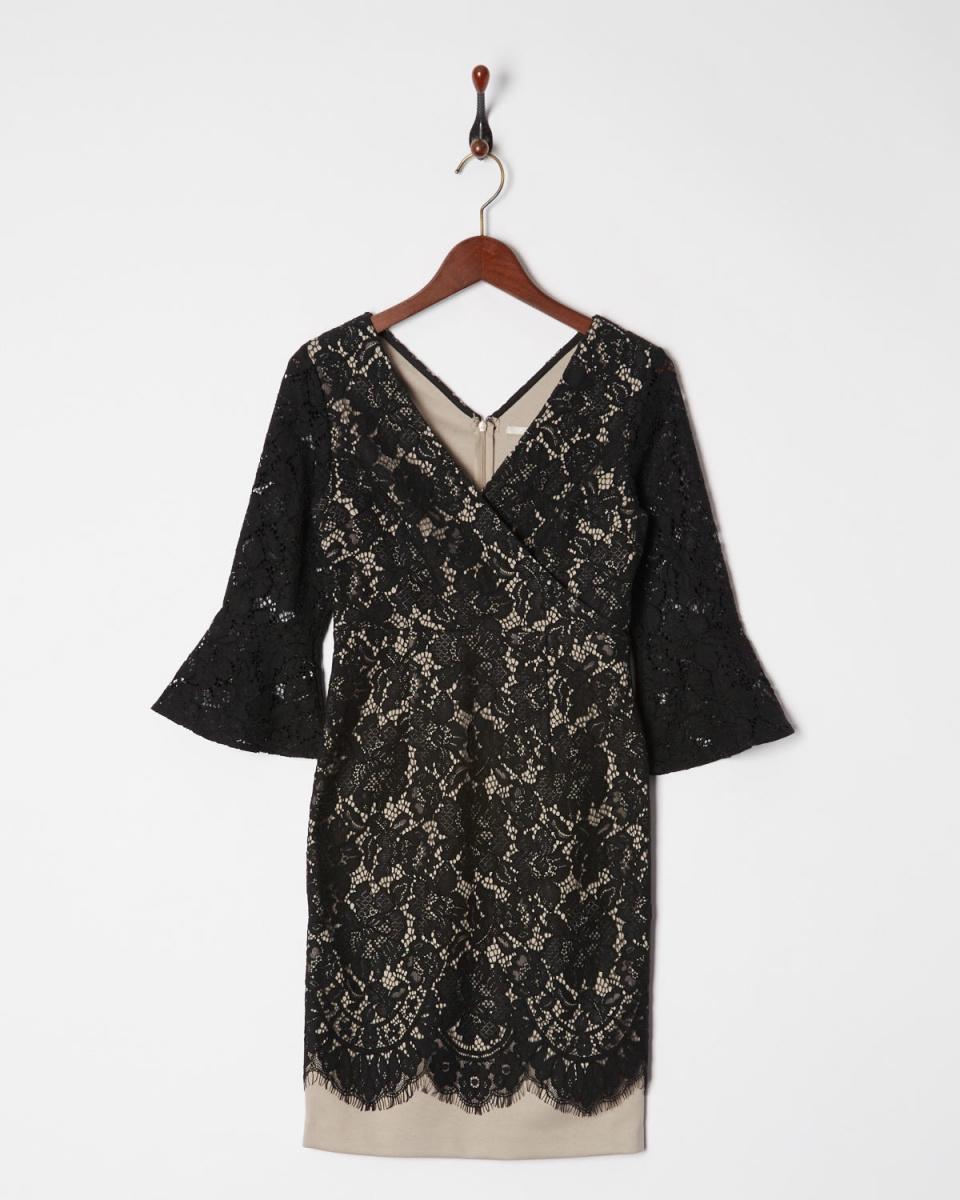 AMBINET /黑色蕾絲Kashukuru齒痕衣裙下擺○CSVA0180 /女裝