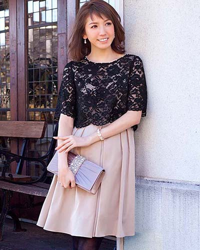 GIRL /棕褐色米色婚禮邀請相應的比賽上衣及連衣裙耀斑○福-075 /女裝