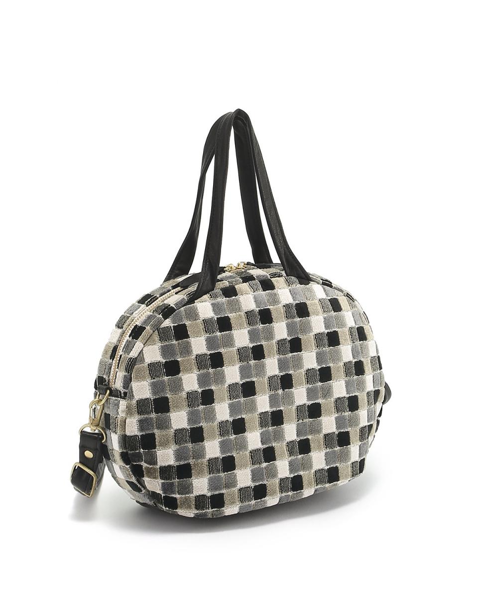 KUNUNURRA / Black A European fabric Boston bag ○ 518252