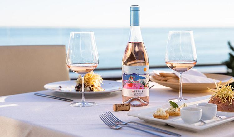 心躍る華やかなロゼ&春を感じるワイン特集